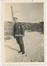 Foto Winter im Osten bei Leningrad Soldat mit Orden (X480)