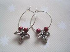 * Navidad Holly * Sp pendientes de aro De Vidrio Rojo Perlas De Hojas De Regalo Nuevos Tibetanos