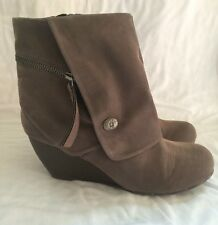 Women's Blowfish Gray Suede Wedge Heel Ankle Boot Shoe Size 8