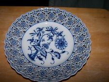 "Magnificent Vintage MEISSEN "" Blue Onion"" Reticulated  DINNER Plate"