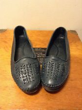 Dexter Navy Blue Leather Loafers Women's 7.5 W Wide Woven Stitched Slip On