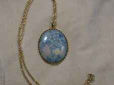 ..Vintage Gold Tone,Hand Painted Flower Cluster Porcelain Cameo Pendant Necklace