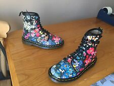 Vintage Dr Martens 1460 Floral meadow leather boots UK 5 EU 38 England black