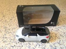 Norev citroën 1/64 , DS3 cabrio wit, grijs dak, Mint in box, 3 inch