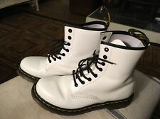 DR. MARTENS WOMEN'S 1460 W 8-EYE BOOTS WHITE PATENT LEATHER US WOMENS 10 AIRWAIR
