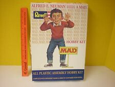 2000 REVELL AURORA MAD MAGAZINE ALFRED E NEUMAN IDIOTIC POSES & DIFFERENT SIGNS