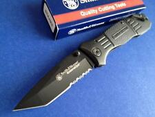 Smith & Wesson SWFR2S Extreme Ops Emergency Rescue Linerlock Knife