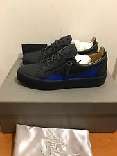 GIUSEPPE ZANOTTI  Low Top Trainers with Contrasting Panel Size UK 6/EU40