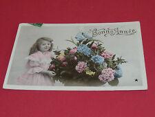 CPA CARTE POSTALE 1900 - 1920 BONNE ANNEE FILLETTE BOUQUET HORTENSIA ET ROSES