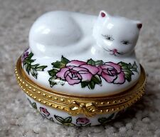 Vintage Collectible Cat Figurine Roses Round Handpainted Porcelain Hinged Box