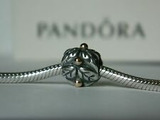 Authentic Pandora Xmas Holly Charm in 14K gold  & 925 Silver # 790499 new