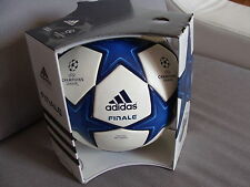 ADIDAS Finale 10 OMB 2010/2011 Fussball Matchball Champions League