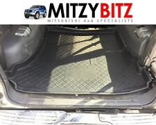 MITSUBISHI PAJERO SHOGUN MK2 LWB ONLY 91-99 SNUG FIT BOOT FLOOR RUBBER LINER