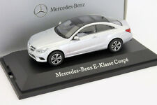 Mercedes Benz Clase E Coupé (c207) iridium plata 1:43 Roadster