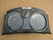 VAUXHALL ZAFIRA B 1.6 SPEEDO CLOCKS 13267560