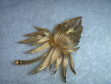 CROWN TRIFARI FLOWER PIN CASCADING OPEN FLOWING PETALS GOLDTONE BROOCH
