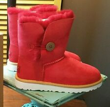 UGG BAILEY BUTTON BOOT RED BRAND NEW IN BOX YOUTH SIZE 3 SO CUTE AND VERSATILE