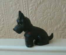 HARD PLASTIC SCOTTISH TERRIER DOG MODEL