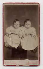 CDV - PHOTO - Enfant Bébé Jumeaux - E. THIEL Jeune à Reims - Vers 1880 - Robe