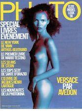 PUBLICITE ADVERTISING 126  1998   Kate Moss seins nus Elite model look