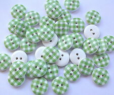 40 x GREEN/WHITE GINGHAM 2 HOLE WOODEN 15mm BUTTONS, SCRAPBOOKING, CRAFT ETC.,