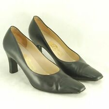 Salvadore Ferragamo Classic Heels Women's Size 8 B Black Leather Pumps Shoes