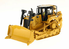 Die cast Masters Caterpillar D8T Dozer 1/50 85299 NEW High Line Series