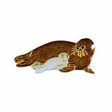 SEAL + BABY  WILDLIFE ANIMAL LAPEL PIN BADGE .. NEW