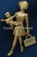 Signed AJC Mother and Baby With VIP Purse Brooch 5965
