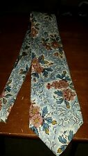 Banana Republic made in Italy 100% Floral print neck tie