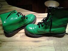 women's fashion shiney green and black shiney ankle high boots.noboundaries.7