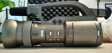 JVC GY-DV300 Camcorder bundle with case