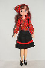 Otto Simon FLEUR brunette haired doll in #1204 FREE TIME outfit Dutch Sindy