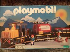 Playmobil 4024-Train Set with Brass Tracks+Bonus 4117 Car and Poster!