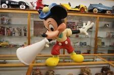 WALT-DISNEY STORE DISPLAY MOVIE DIRECTOR  MICKEY MOUSE LIFE SIZE STATUE