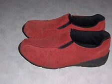 PREDICTIONS Leather Collection Red Suede Mocs Slip On Loafers Womens Shoes 6 EUC