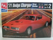 AMT/ ERTL - '71 DODGE CHARGER HEMI SUPER BEE STREET MACHINE MODEL KIT (SEALED)
