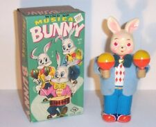 MINT 1960s MUSICAL BUNNY WITH MARACAS WIND-UP TIN LITHO TOY T-N NOMURA JAPAN MIB