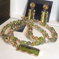 """Vtg Bijoux Givenchy Pale Green & Pink Pendant/Necklace/Clip-on Earrings Set 28"""""""