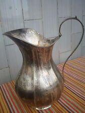 Grande BROCCA CARAFFA in argento punzoni del titolo 800 e dell'argentiere.Gr.660