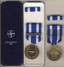"""004 Medaglia NATO  Operazioni in Yugoslavia  """"Non-Article 5 ISAF"""""""