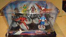 Disney Store Marvel Avengers deluxe set figure