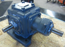 "Morse Gear Box 4M1-R-0 , F01KMW0006 Ratio 1:1, 3/4"" x 1.5""L Shafts"