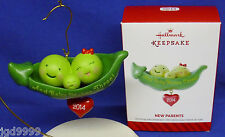Hallmark Ornament New Parents 2014 And Baby Makes Three Peas in a Pod NIB Cute!