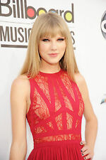 Taylor Swift 4,700 Pictures Collection Vol 3 DVD (Photo/Images Disc)
