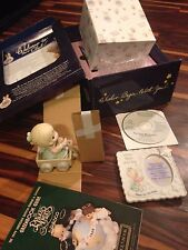 Precious Moments: Wishing You A World Of Peace - Collectors Club 1999 + book/cd