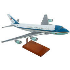 VC-25A Air Force One Boeing 747-200 Desk Display Model 1/100 Plane ES Airplane