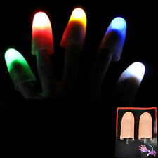 2pcs Magic Light hoch Daumen Finger Trick Erscheinen Licht Close Up Farbe Zufall