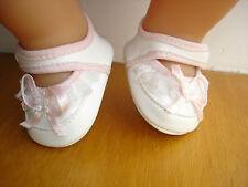 Chaussures chausson rose et blanc pour poupon bébé corolle 36 cm