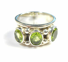 PERIDOT GEMSTONE 925 STERLING SILVER RING OVAL CUT UK HALLMARKED SIZE Q (8.25)